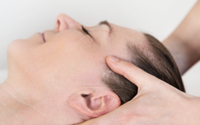 Kropsterapi mod hold i nakken